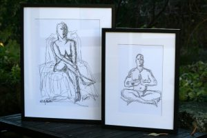 Personlige tegninger efter foto. To størrelser A4, A3. Printet, signeret, passepartout sort træramme og glas.