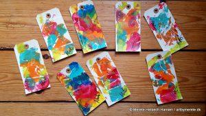 """Manillamærker, her som """"til og fra"""" kort, som kan genbruges. Merete Helbech Hansen"""