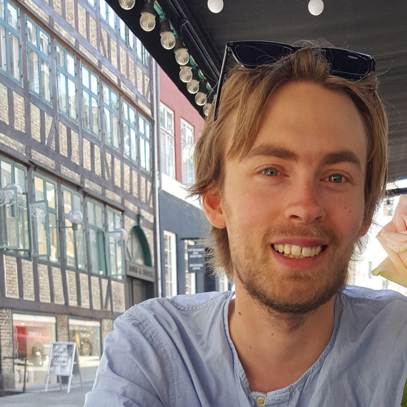 Thomas Helbech. Learn danish with Thomas